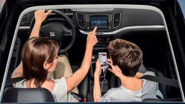 SEAT Alhambra 2019 interior cabina